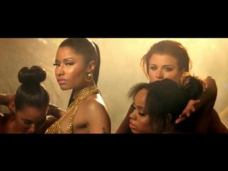 Попа Ники Минаж (Nicki Minaj) в клипе Anaconda