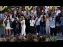 Lill Lindfors John Lundvik And Tensta Gospel Choir Walk A Mile In My Shoes Allsång På Skansen 16 08 2016