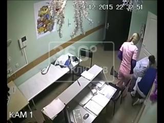 Врач до смерти забил пациента в белгородской больнице. Видео