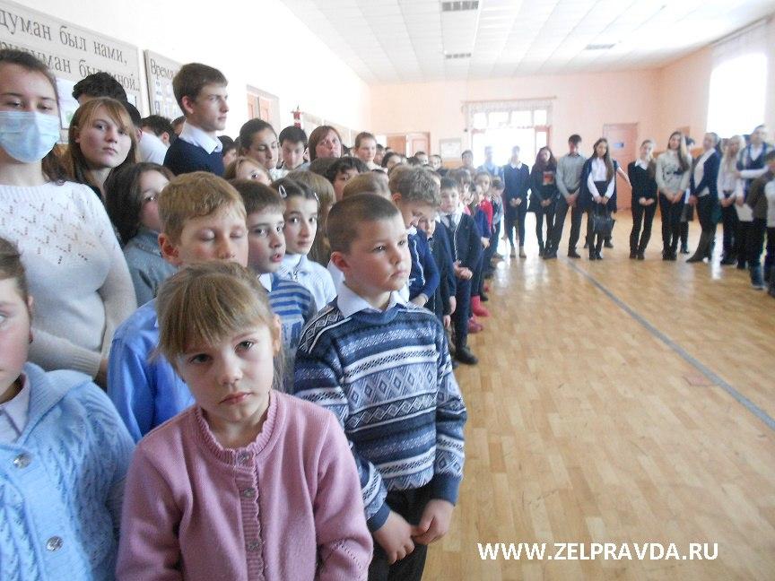 В СОШ №2 станицы Зеленчукской состоялось открытие Месячника оборонно-массовой и военно-патриотической работы