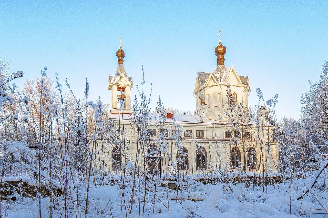 Храм Спиридона Тримифунтского г.Ломоносов