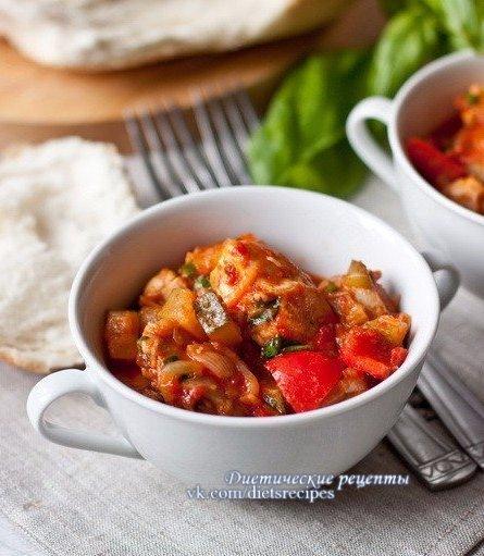 Овощное рагу с курицей на ужин