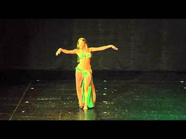 Classical bellydance Ana Bastanak Ana Perčič at Yasmina Ramzy's show in Zagreb