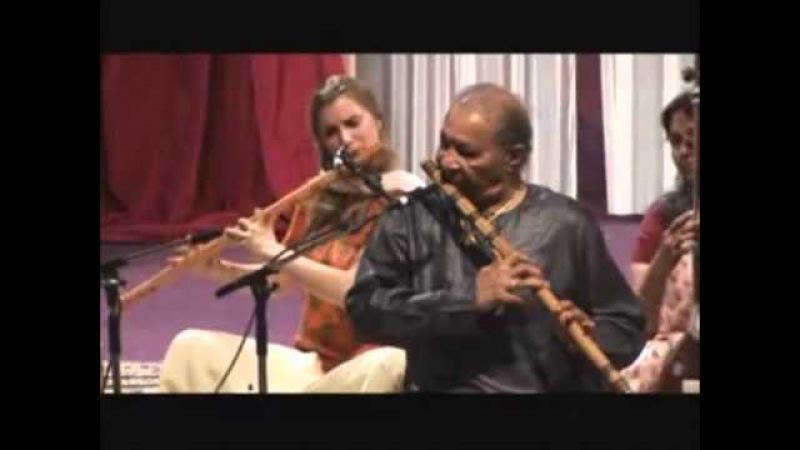 Pt Hariprasad Chaurasia Vijay Ghate (Raag Jog) Bansuri Flute Tabla (Shri Mataji 2007) Sahaja Yoga