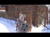посмотрите как в восемь лет девочка играет на гармони