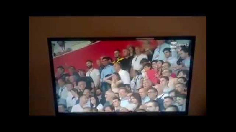 Foggia - Pisa shock: Gattuso colpito da una bottiglietta, i tifosi entrano in campo partita sospesa!
