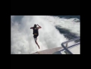 Прыжки в кильватерную струю на максимальном ходу