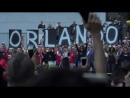 2016 Lady Gaga > Veillée pour les victimes d'Orlando (Gagavision)