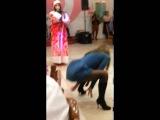 дикий Танец Пьяной Девушки на корпоративе!!!