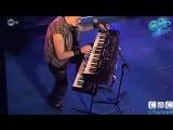 2 Fabiola - Lift U Up (Live)