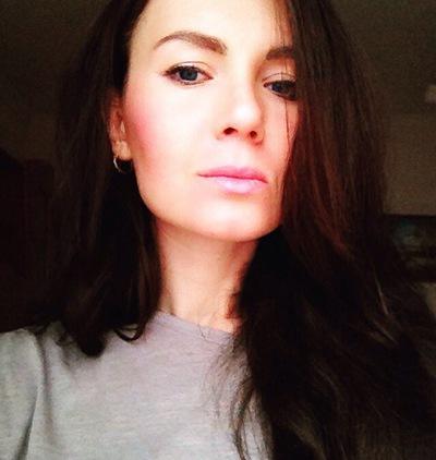 Яна Зуева