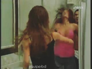 """R B D on Instagram: """"A melhor cena de ciúmes da Mia com o Miguel ever 😂😂💏💟, Marque sua amiga (o) ciumento 👊🔪😂. • #ponny #rbd #rebelde Menciona tus amigas"""""""