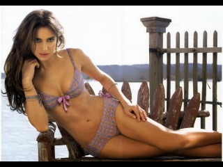 Top 10 Hottest Bikini Bodies Celebrities