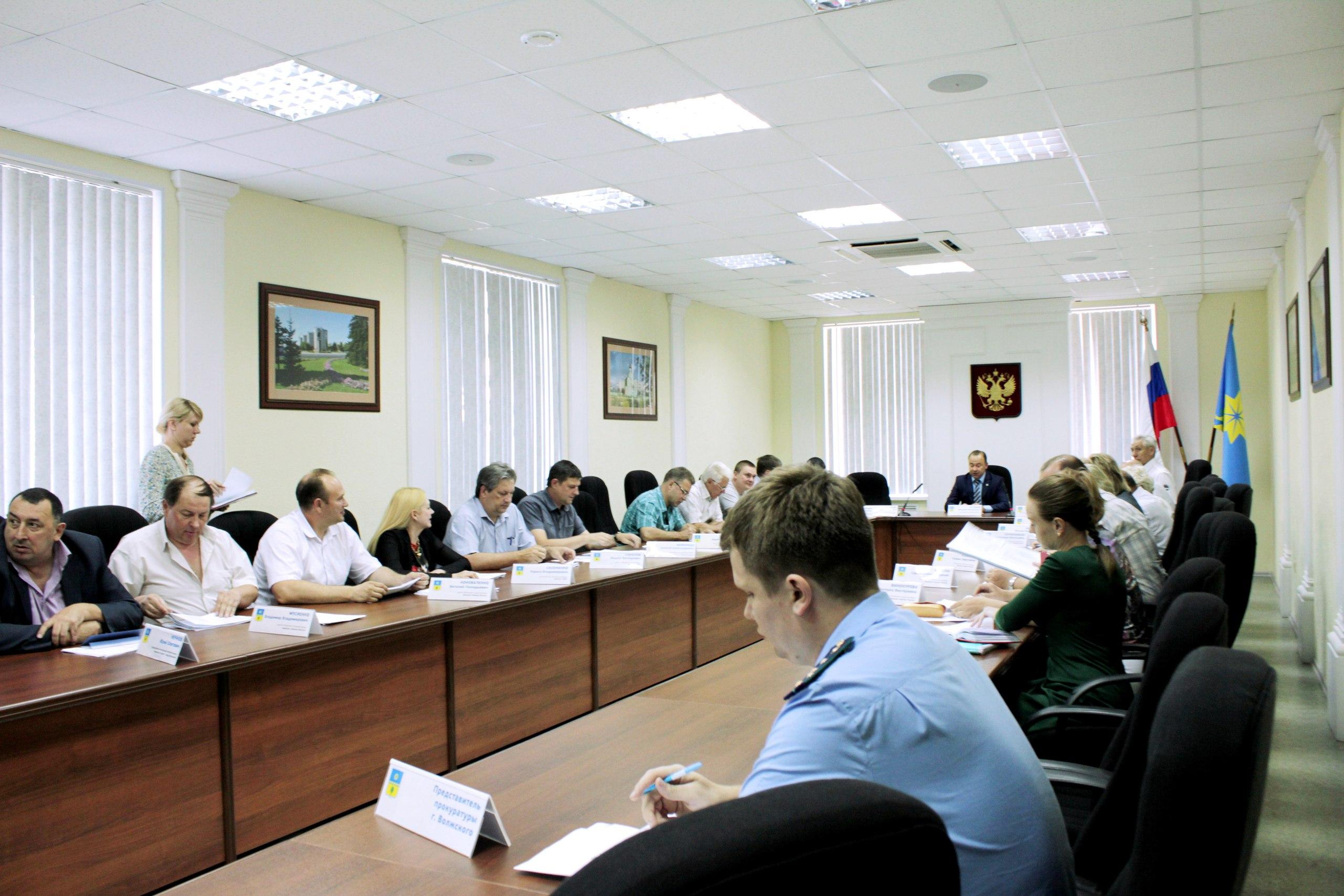 Заседание Волжской городской Думы