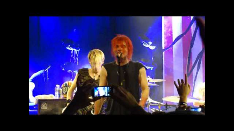 My Chemical Romance - The Kids From Yesterday (Live in Los Angeles 11-22-10)