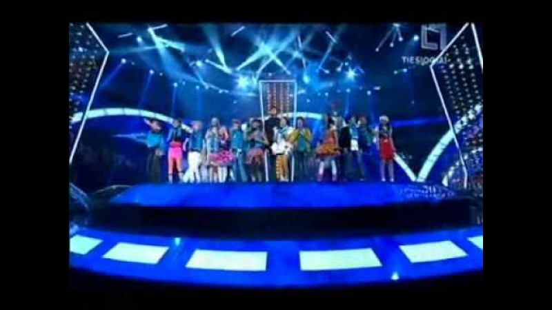 Dmitry Koldun and JESC Participants 2010 - A Day Without War for Unicef