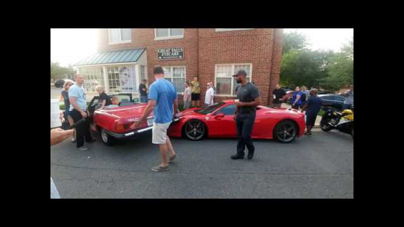 458 Speciale car crash katies cars and coffee 8/6/16 [ORIGINAL CLIP]