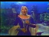 Leontyne Price sings