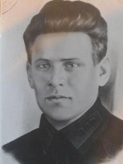 Дмитрий Юнышев