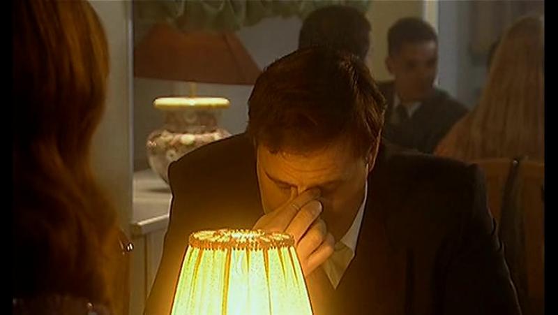 Три цвета любви 3 серия из 12 (2003)