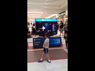 this little boy killin it at the mall