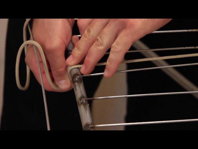 Как натянуть бельевую верёвку. Узел штык в быту. How to pull the clothesline.