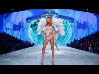 Taylor Swift - I Knew You Were Trouble live, Victoria s Secret Fashion show