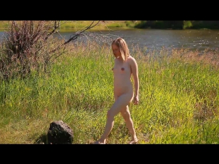 2015-07-31 Alyse Nude Lakeside Sunbathing