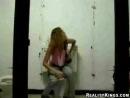 Оживший унитаз в женском туалете