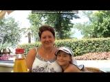 «я и моя мамочка» под музыку любимая Мамочка - это песня самой ЛУЧШЕЙ маме на свете! Посвещается моей любимой мамочке!!!! Я тебя