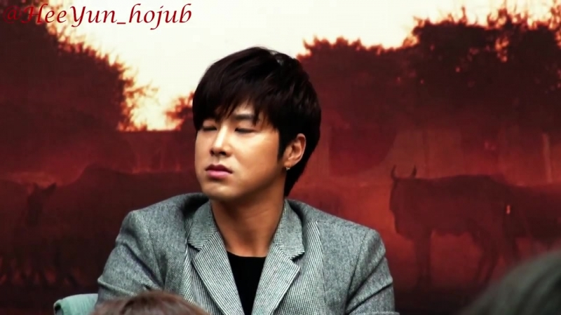 Fancam_Press_131113 Yunho Road for Hope press conf. 3_4 (희망로드 제작발표회 정윤호)