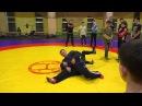 Тренер Ильин Ю.В. показывает приёмы. Тренировка по вольной борьбе.