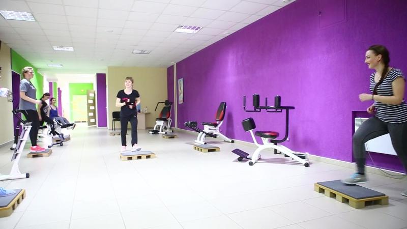 RoyalFit жіночий фітнес центр