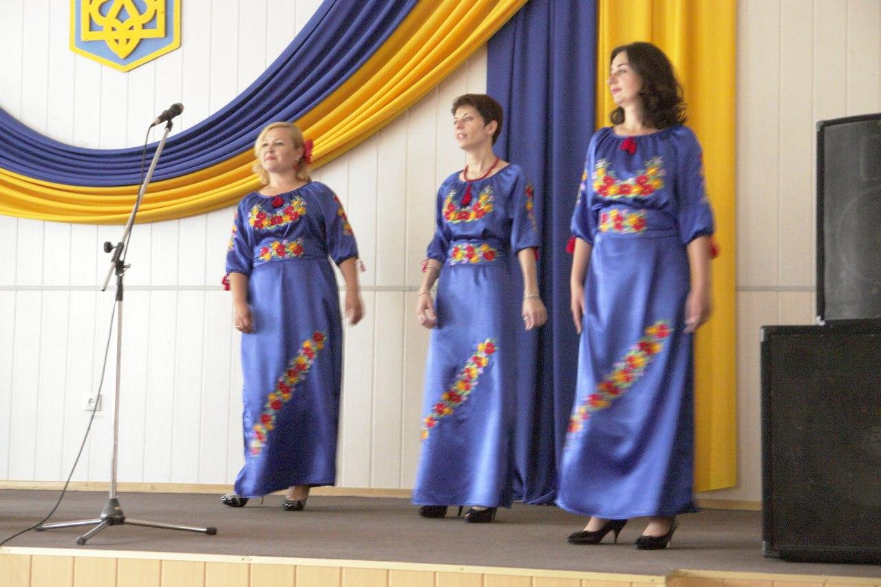 В Покровске (Красноармейске) состоялся праздничный концерт, фото-5