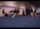 Акробаты в спортзале - видео ролик смотреть на Video.Sibnet