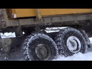 Экстремальные Дальнобойщики Севера Дороги крайнего севера Зимник #4 Extreme Truck driver SIBERIA #4