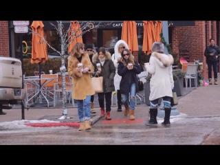 Dakota Johnson posing with fans in Aspen on December, 22