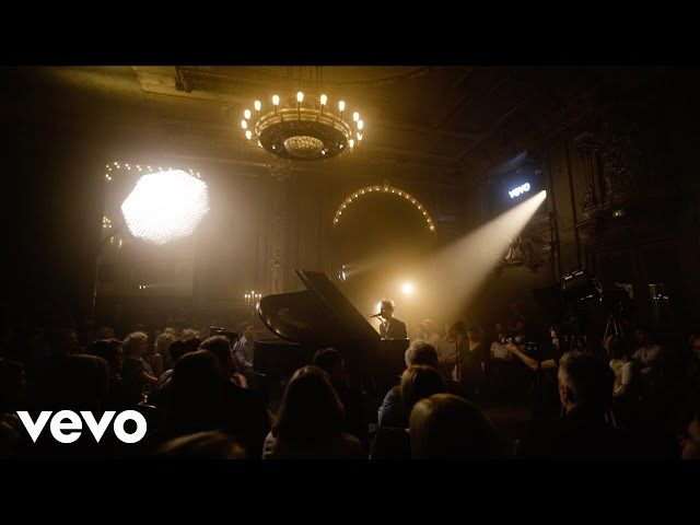 Tom Odell - Another Love (Vevo Presents: Live at Spiegelsaal, Berlin)
