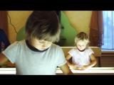 Рисунок из песка. Чудеса детского творчества. Дети рисуют. Говорит ЭКСПЕРТ
