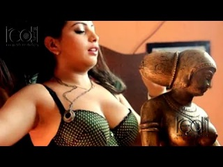 बाथरूम रोमांस II Hot Bhabhi Romance In Bathroom II HINDI HOT SHORT MOVIES/FILM 2015