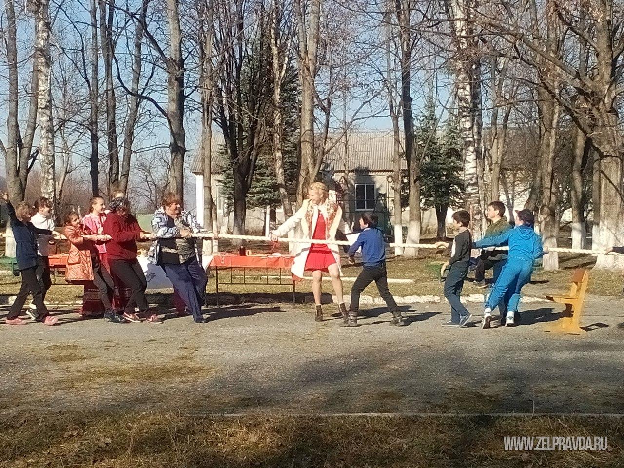 В селе Даусуз отметили праздник Масленицы