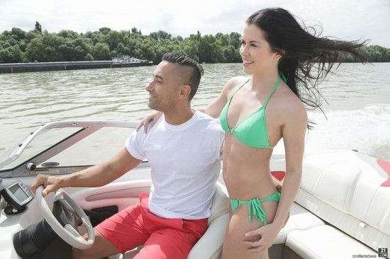 21EroticAnal – Cassie Right – Ride My Boat