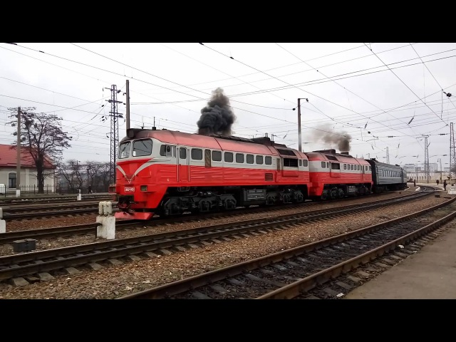 Тепловоз 2М62к-1163 с пассажирским поездом №606. Diesel with passenger train.
