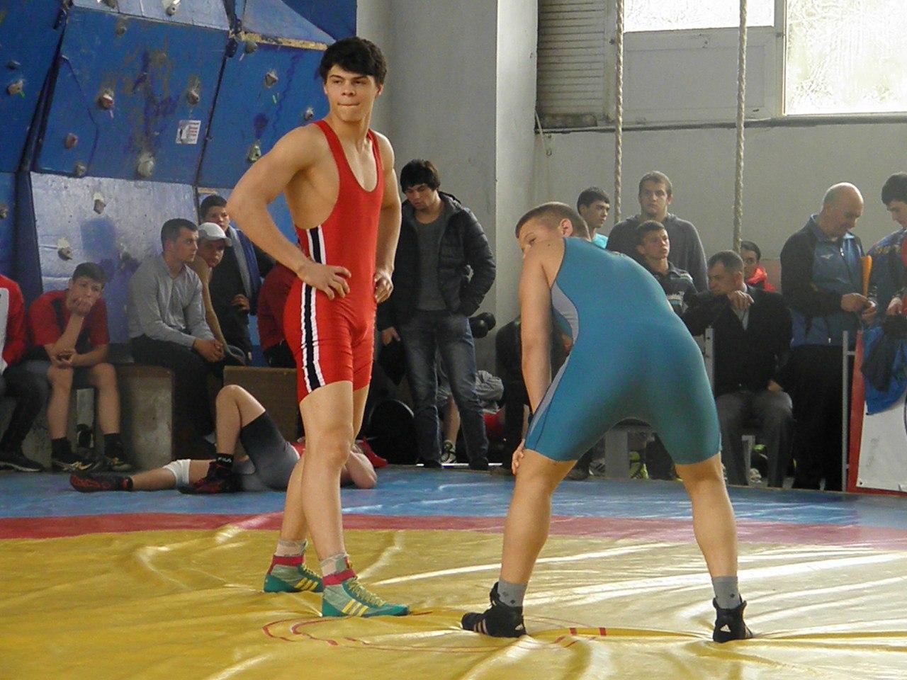 ..... # Lupte/Gr.Romane 2016 * Campionatul R.Moldova pentru Cadeti (09.04.2016). выставлю позже Выставляю вольников
