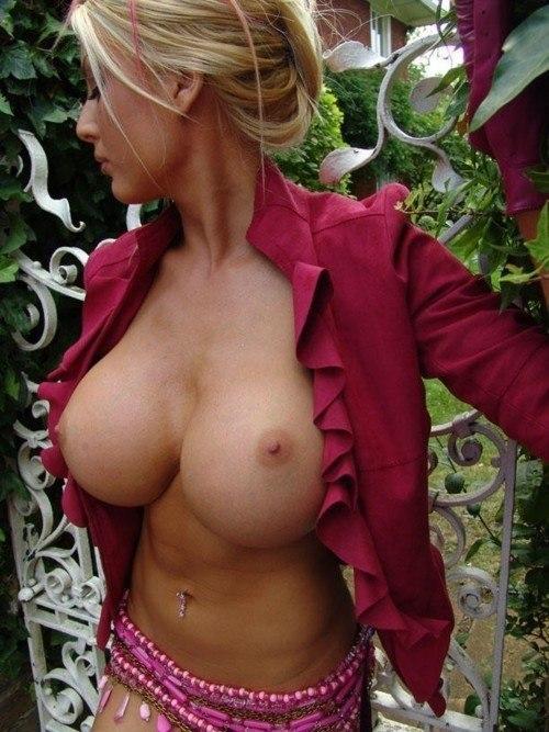 Sophie howard naked video