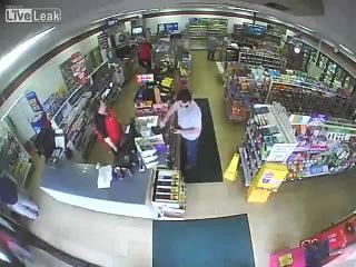 Deaf driver crashes car into 7 Eleven вы мелочь забыли