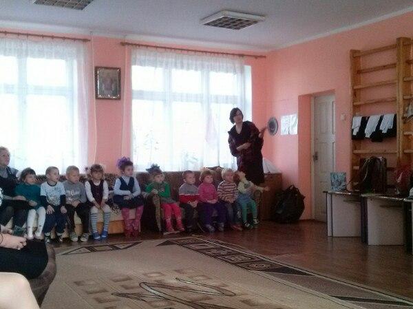 Студенты-волонтеры ИПОиМ поздравили детей реабилитационного центра с Днём Святого Николая
