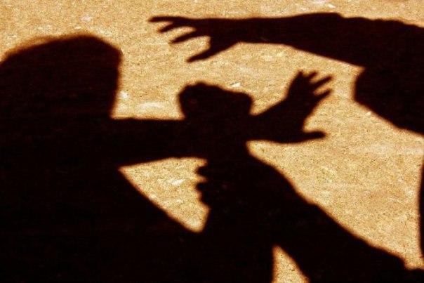 Житель станицы Зеленчукской избил пожилую женщину