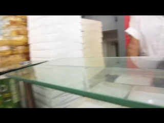 The Persian Pizza - Fast Food in Iran - Shiraz - Go Backpacking - Trip to Persia 2012