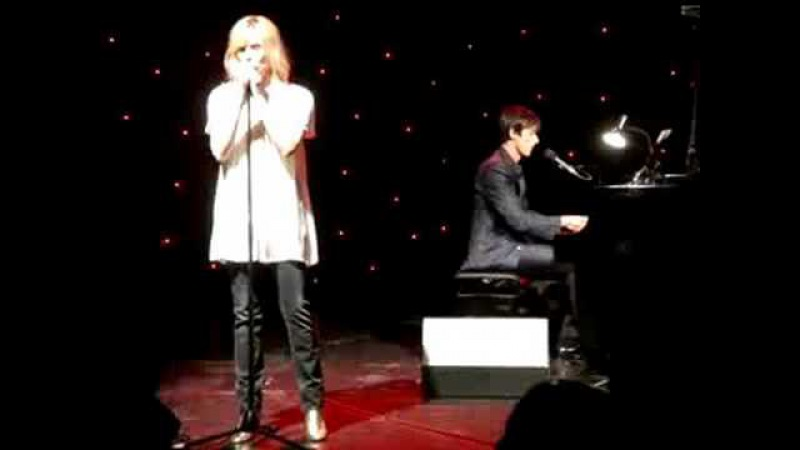 Brett Anderson - Back to You (with Emanuelle Seigneur) (Mermaid Theatre 07.07.2008)